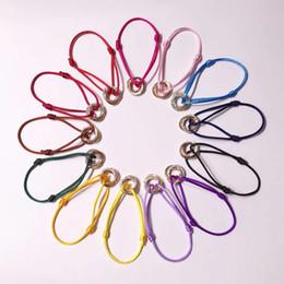 Ring verbinden online-Markenname Hochwertiges Armband mit drei glücklichen Ringen und Daimonds Trinity Connect-Pendelseil für Damen- und Herrenliebhaber-Schmuck
