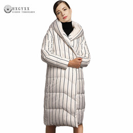 Wholesale Goose Quilts - Winter Coat 2017 Long Quilt Goose Jacket Personality Stripe Warm Hooded Parka Winter Clothing Feather Down Parka Outwear Okb282