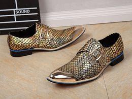 Metallische glitzerschuhe online-Metallic Männer Hochzeit Schuhe Aus Echtem Leder Pailletten Glitter Herren Gold Kleid Schuhe Spitz Männer Oxford
