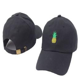 Pineapple Baseball Cap Women Gorras Bone Designer Curved Visor Casquette  Brand Dad Hats For Men Women Couple Hip Hop Snapback Caps Cheap 8ec1b514f28f