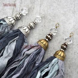 2019 gros talon en gros Gros gris nuances Sari Soie Tassel Pendentif élégant collier pendentif Conclusions Cuivre Cap Perles Accent En 6.8 pouces PM10556 gros talon en gros pas cher