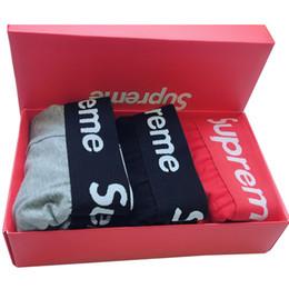 Baumwoll-geschenkbrief online-Bund SU Brief Beliebte Logo Unterwäsche Jugendliche Atmungsaktiv Baumwolle Herren Boxer Rot Geschenkbox Verpackt