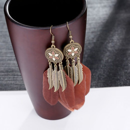 Wholesale beautiful feather earrings - Fashion Disc Tassel Feather Earrings Bohemian Jewelry Earrings for Women Pendant Earring 2 Style Beautiful Earrings Free DHL D928S