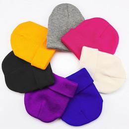 22 colore lavorato a maglia Skullies berretti donna inverno beanie cappello  femminile caldo berretto in cotone casual lana solido berretto cappello per  uomo ... addfdb347fff