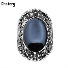 Wholesale Fashion Oval Stone Ring - whole saleHollow Flower Oval Stone Rings Vintage Look Antique Silver Plated Fashion Jewelry TR410