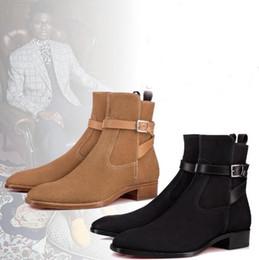Telas de vestir de invierno online-Perfect Plain Toe Suede Blended Fabrics Llanura Botas de Hombre Botines de Cuero Rojo Bottom Kicko Botín Otoño Invierno Vestido de Boot Coffee, Blac