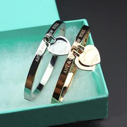 Mode Nouveau En Acier Inoxydable Manille Coeur amour Bracelet bijoux Manchette Rose Or plaque T Bracelets Bracelets Pour Femmes Amour Bracelet avec boîte ? partir de fabricateur