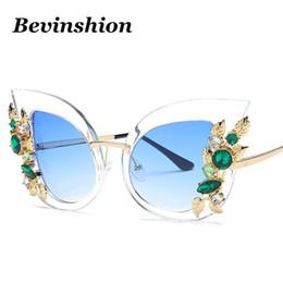 Wholesale Designer Gems - Luxury Lady Fashion Cat Eye Sunglasses Women Crystal Diamond Mosaic Brand Designer Sun Glasses Clear Oversized Big Frame Gem New