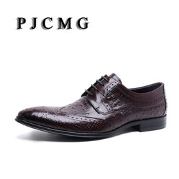 Wholesale Ostrich Shoes Men - PJCMG New Italian Brand Ostrich Style Fashion Genuine Leather Men Oxford Pointed Toe Casual Business Men Dress Wedding Shoes