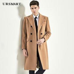 Длинные мужчины верблюжьей шерсти онлайн-УРСМАРТ длинные деловые пальто Мужские двубортный британский стиль Мужские пальто Camel подлинной моды