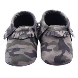 046233dcbf33 1 пара Baby Girls Boys Camouflage Crib Shoes Малыш Tassel Мягкие тапочки  Обувь 0-12M