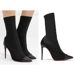Botas con punta online-Diseñador de moda botas Red Bottom negro calcetines de malla botas espigas detalles de cuero botines de tacón alto zapatos de fiesta de las mujeres tamaño 35-40