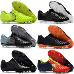 2019 botas de futebol cr7 preto branco 2018 Nova Chegada Tiempo VII Lenda FG 7 CR7 Botas para Alta qualidade Branco Preto Verde Vermelho Verde Homens Mulheres Sapatos De Futebol De Futebol Tamanho 36-45 desconto botas de futebol cr7 preto branco