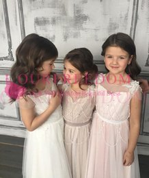 Wholesale glamorous days - Glamorous 2018 Lovely Cute Flower-Girl Dresses Beadings Appliques Tulle Open-Back A-Line First Communion Dresses Girls Pageant Gown Custom