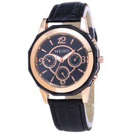 Объемный кварц онлайн-MEIBO Woman Watch Fashion Leather Bracelet Watch Alloy Simple Bulk Ladies Quartz Wristwatches Reloj Mujer