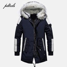 Hot Modische Hohe Qualität Männer Dicke Winter Mittellange Mäntel High  Street Warme Beiläufige Dünne Jacken Farbe Spliced Männlichen Parkas e5ec88c10d
