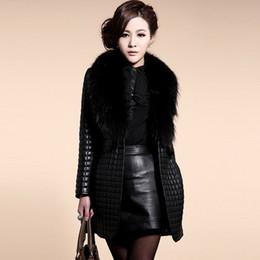 Windbreaker frauen plus größe schwarz online-Gothic Plus Size Faux Pelzmantel Frauen Faux LederOuterwear Winter 2018 Fashion Pelzkragen Warm Windbreaker Black outwear Female