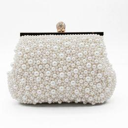 42e1447c4 Dulce Concha Perlas de Cristal Señoras Con Cuentas Nupcial Bolsas de Mano  de Boda Fiesta de Noche Un Hombro Pequeño Embrague Bolsas de la Cena  Accesorios