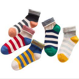 Голеностопный носок японский онлайн-Хлопок Полосатый Harajuku Повседневная Симпатичные Носки Японский Творческий Дизайн Лодыжки Носки Женщины Красочные Calcetines Mujer Skarpety Skarpetki Sokken