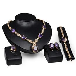 Anelli Collane Bracciali Orecchini Set di gioielli Moda Royal Imitation Gemstone 18K Placcato oro gioielli Party 4 pezzi Set all'ingrosso JS061 da