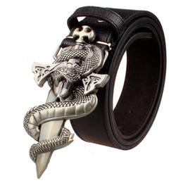 Cinturón de cuero de los hombres de moda punk Cinturón Cuchillo Cinturones de metal Totem serpiente espada salvaje Street Dance hip hop Cinturones Regalo para hombres desde fabricantes
