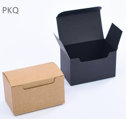 cardboard gifts Promo Codes - 50pcs Black kraft paper gift box for sunglasses Card paper packaging box Small jewelry craft cardboard Brown carton