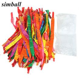 Palloncini d'aria lunghi online-50pcs Lattice Air Ballon colori assortiti Balloons razzo Lunga con il tubo di plastica rifornimenti della festa di compleanno