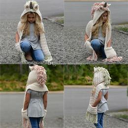 2019 cappelli di lana di animali dei capretti Berretto unicorno per bambini 2 in 1 Berretto a maglia caldo per bambini caldi Berretto invernale Berretto cappello nappe 3 colori C3229