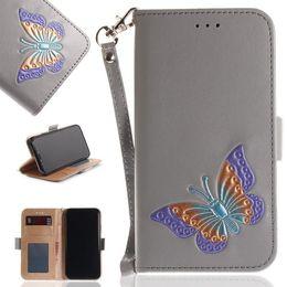 couvercles de boutons pour iphone Promotion Papillon peint à la main téléphone portable portefeuille pochette fente pour carte coloré papillon en relief boutons magnétiques cas de couverture de téléphone pour iPhone Samsung