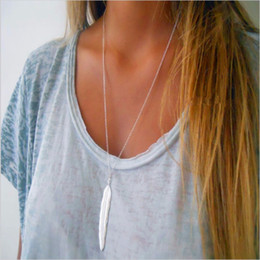 Wholesale Womens Silver Long Necklaces - whole saleFAMSHIN 2017 New Fashion womens vintage long necklace jewelry silver gold simple feather pendant necklaces colar Jewelry gifts