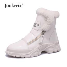 botas blancas de invierno para la piel de las mujeres Rebajas Jookrrix Zapatos blancos Marca de moda para mujer Calzado Martin Boots with Fur Lady chaussure 2018 Invierno Mujer calzado Negro Botines