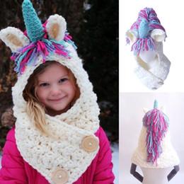 2019 cappelli unicorno Berretto unicorno per bambini 2 in 1 Berretto a maglia caldo per bambini 2018 Cappello invernale C5140 sconti cappelli unicorno
