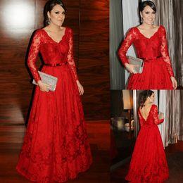 2019 eleganti vestiti rossi lunghi Elegante abito scollo av in pizzo rosso  Prom Dress cintura maniche 33f16c25a46