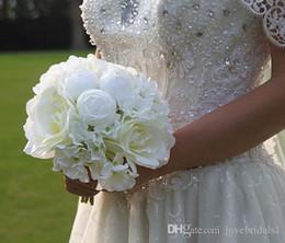 strass rosso artificiale del rhinestone Sconti Mazzo nuziale di alto livello economico di nozze del paese con il fiore rosa artificiale della miscela Stile shiping libero per nozze