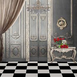 Computadoras grises online-Vintage Gray Wall Crystal Chandelier Interior Fotografía de la boda Telón de fondo Impreso por ordenador Cortina Rosas rojas Libros Photo Studio Backgrounds