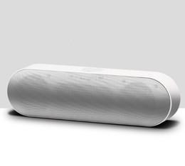 Manos de cuerno online-S812 Pill XL Mini Protable Bluetooth Altavoces Estéreo Subwoofer Inalámbrico de manos libres con bocina y diafragmas Soporte para línea de entrada TF / USB / AUX Mp3