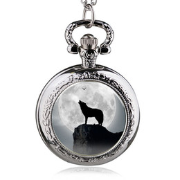 Wholesale Hanging Plastic Pockets - Elling Fashion Trendy Wolf Pattern Patch Pocket Watch Male And Women Wild Fashion Table Hanging Table Large Numbers Turned