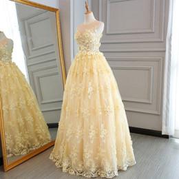 Wholesale Желтый бальное платье длинные платья выпускного вечера элегантный возлюбленной D цветочные цветы кружева длина пола вечерние платья партии платье помолвки платья