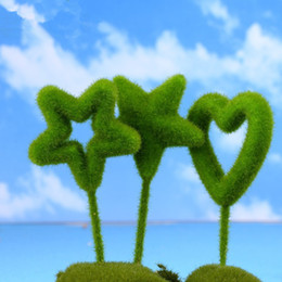 Miniature fatte a mano online-New Kawaii Mini Home Decor Garden Miniature Handmade Cuore a forma di cuore Moss Bonsai Micro Landscape Crafts T2I117