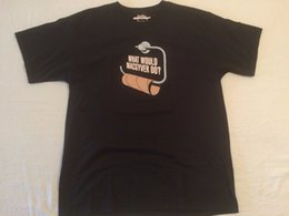 Что бы MACGYVER сделать футболка мужская большой пустой рулон туалетной бумаги черный коричневый мужские 2018 модный бренд футболка от Поставщики черная бумага