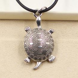 colar de gargantilha de couro barato Desconto Nova moda tibetana pingente de prata tartaruga tartaruga colar choker charme cordão de couro preto preço de fábrica jóias artesanais