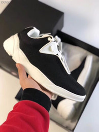 sneaker hot Coupons - Chunky Sneaker Luxury Canvas Runner Shoe Casual Shoes 2018 New Season Sneakers Top Quality Runners Outdoor Hiking Shoes With Box Hot Sale