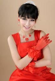 2019 weiße koreanische hochzeitskleider Neue Braut Spitze Handschuhe weiß kurze koreanische Hochzeitskleid Handschuhe Braut Accessoires rot günstig weiße koreanische hochzeitskleider