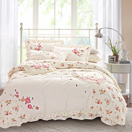 Wholesale Korean Duvet Covers - 100% Cotton Korean Floral Embroidery Bedding set King Queen Pink Bule Girls Bed set Duvet cover Bed sheet Linen Gift