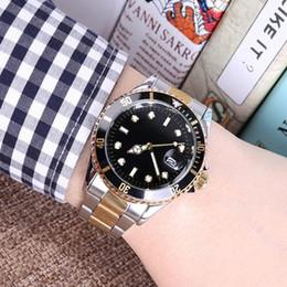 2019 orologio maschio orologio Orologio da uomo di alta qualità Orologio da polso da uomo di alta qualità in acciaio inossidabile pieno di olex Orologio da polso da uomo in oro nero con quadrante nero 40mm. sconti orologio maschio orologio