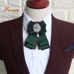 grossistes cravates pour hommes bowties Promotion Fuerjia haute qualité hommes et femmes robe collier col cravate marié Garçons d'honneur noeud papillon fleur en gros