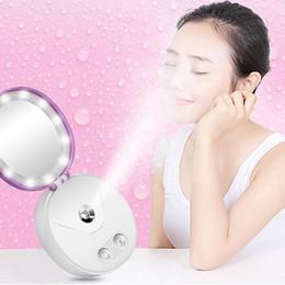 2019 specchio della banca di potenza Multi Functional Portable Makeup Cosmetic Lights Specchio Nano Mist Sprayer Facial Body Steamer Idratante Face Power Bank specchio della banca di potenza economici