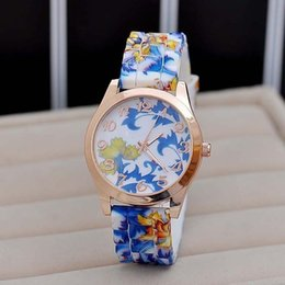 Wholesale Silicon Flowers - 2017 Hot Luxury New Silicon Strap Watch Beautiful Flower Porcelain Design Wristwatch Women Students Girls Birthday Gift LL