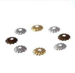 LINSOIR 1000pcs / lot 5mm Creux Fleur Motif Perle Chapeaux Or / Rhodium / Argent Couleur Embouts pour Constatations De Fabrication de Bijoux F2403 ? partir de fabricateur