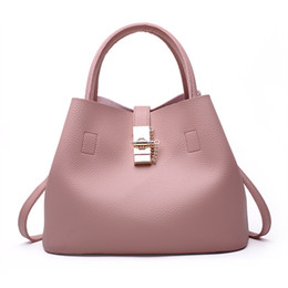 Wholesale Cheap Leather Handbags For Women - USA style Cheap price fashion bags for shopping women designer handbags leather bags black shoulder bags high quality PU